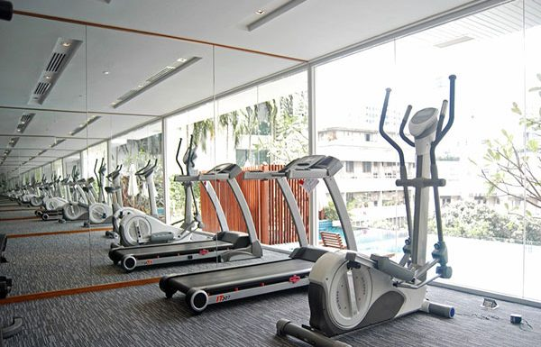 Wind-Sukhumvit23-Bangkok-condo-for-sale-fitness