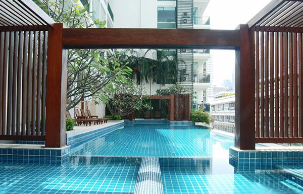 Wind-Sukhumvit23-Bangkok-condo-for-sale-swimming-pool-2