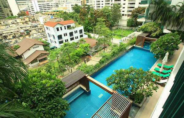 Wind-Sukhumvit23-Bangkok-condo-for-sale-swimming-pool-5